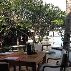 Photo taken at One & Only Reethi Rah Restaurant by A.A on 12/13/2012