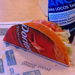 Photo taken at Taco Bell by Tom S. on 3/13/2013