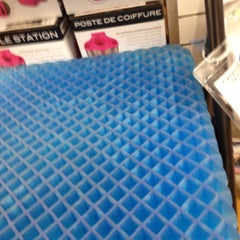 Photo taken at Bed Bath & Beyond by Laurel L. on 6/9/2013