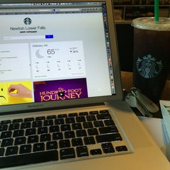 Photo taken at Starbucks by Chris D. on 8/5/2014