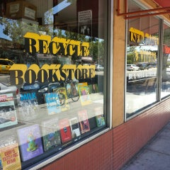 Photo taken at Recycle Bookstore by Daryl B. on 7/14/2013