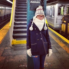 Photo taken at MTA Subway - Bedford/Nostrand Aves (G) by Mariia on 1/1/2013