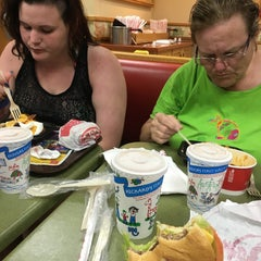 Photo taken at Wendy's by Patrick M. on 11/2/2015