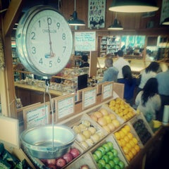 Photo taken at Mrs. Winston's Green Grocery by Vitali K. on 11/28/2012