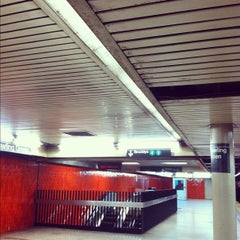Photo taken at MTA Subway - Bowling Green (4/5) by Alison on 10/1/2012