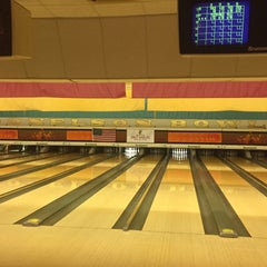 Photo taken at Donelson Bowling Center by Demetrius Fin on 10/3/2015