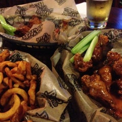 Photo taken at Buffalo Wing Factory by Diana on 10/18/2012