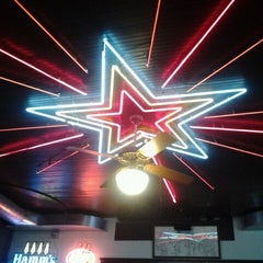 Photo taken at Threadgill's by Devlyn A. on 1/12/2012