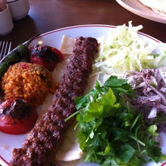 Photo taken at Tatlıses Kebap by Ayşe A. on 3/12/2013