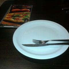 Photo taken at Splash Pizza by Carlos L. on 12/8/2012