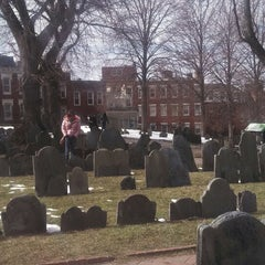 Photo taken at Copp's Hill Burying Ground by Huey Y. on 3/23/2013