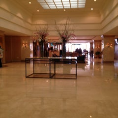 Photo taken at L'Enfant Plaza Hotel by Kelly on 3/29/2013