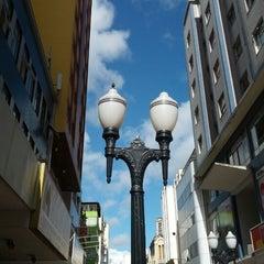 Photo taken at Calçadão da Rua Halfeld by Rosana C. on 1/21/2013
