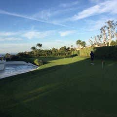 Photo taken at Monarch Beach Golf Links by Kat Rylee S. on 12/7/2015