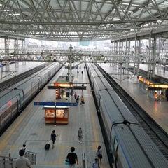 Photo taken at 서울역 (Seoul Station - KTX/Korail) by Ian J. on 7/26/2013