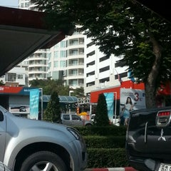 Photo taken at Caltex (คาลเท็กซ์) by Pete J. on 11/26/2012