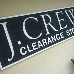 Photo taken at J Crew Factory Clearance Store by Randy on 10/7/2012