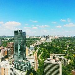 Photo taken at Toronto Marriott Bloor Yorkville Hotel by Dun H. on 8/21/2015
