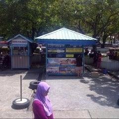 Photo taken at Dewan Bandaraya Kota Kinabalu by Doddy M. on 6/5/2013