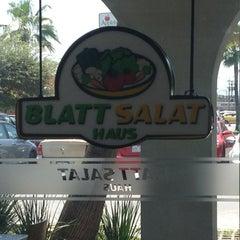 Photo taken at Blatt Salat Haus by Heber Ortiz Salinas on 9/1/2013