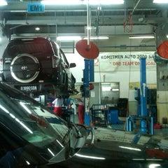 Photo taken at Auto 2000 - Saharjo by Rino on 2/23/2013