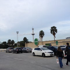 Photo taken at Jumbo by Marcelo R. on 4/27/2014