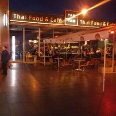 Photo taken at YAM YAM Thai Food & Café by Tereza D. on 10/8/2012