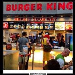 Photo taken at Burger King® by mbk n. on 11/28/2013