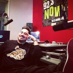 Photo taken at WNOW 92.3 Now FM by DJ YONNY on 3/7/2013