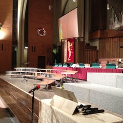 Photo taken at Kettering Seventh-day Adventist Church by Elliot S. on 12/7/2012