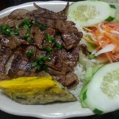 Photo taken at Pho Thanh by Joseph T. on 11/1/2013