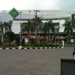 Photo taken at Hartono Lifestyle Mall by Adinda on 4/14/2013