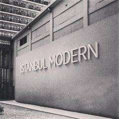 Photo taken at İstanbul Modern by Sereja K. on 8/18/2013