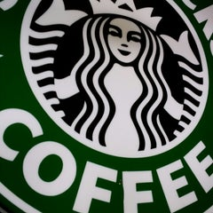 Photo taken at Starbucks by Matthew Q. on 11/9/2013