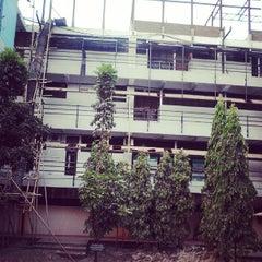 Photo taken at Fakultas Kedokteran by Sky D. on 9/12/2013