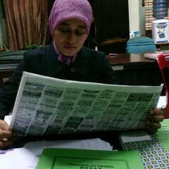 Photo taken at Pengadilan Negeri Medan by Anggi P. on 4/24/2013