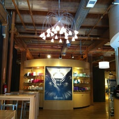 Photo taken at Salon Buzz River North by Vanessa N. on 7/10/2014