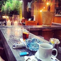 Photo taken at The House Café by OSCAR m. on 5/21/2013