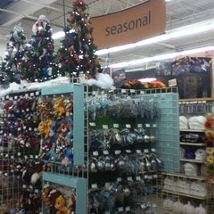 Photo taken at Michaels by Rodrigo O. on 9/26/2012