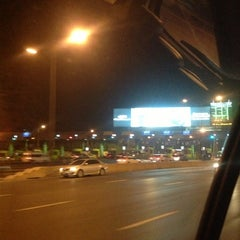 Photo taken at ด่านฯ ประชาชื่น - ขาออก (Prachachuen Toll Plaza - Outbound) by ☆Ling &. on 1/21/2013