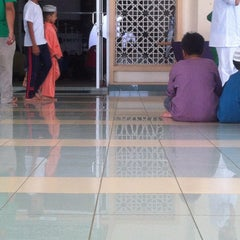 Photo taken at Masjid Kuarters KLIA by Abang M. on 6/28/2013