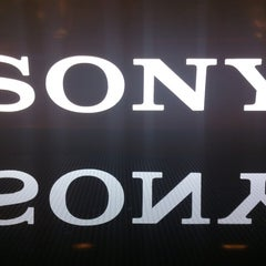Photo taken at Sony Store by Danilo S. on 9/24/2013