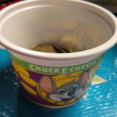 Photo taken at Chuck E. Cheese's by Jes T. on 9/28/2014