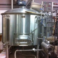 Photo taken at Sleeping Giant Brewery Co by Beer L. on 12/13/2014