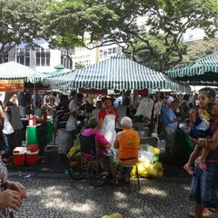 Photo taken at Feira de Artes e Artesanato de Belo Horizonte (Feira Hippie) by Érica Cristina S. on 4/7/2013
