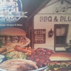 Photo taken at Red Hot & Blue  -  Barbecue, Burgers & Blues by Chance C. on 3/5/2013