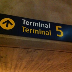 Photo taken at Terminal 5 by Christer on 11/18/2012