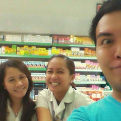 Photo taken at ThreeSixty Pharmacy by Dion N. on 6/30/2013