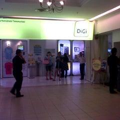 Photo taken at DiGi Centre by Ecah A. on 10/13/2012