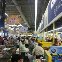 Photo taken at Metro Cash And Carry by Vidit M. on 8/31/2013